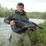 Bjørn Smith med storørret fra Randselva, Tyrifjordfiskens gyte og oppvekst sted